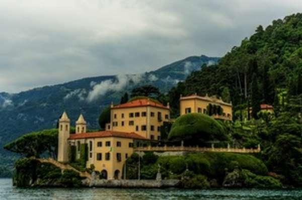 Роскошная вилла - прибрежные постройки для туристов