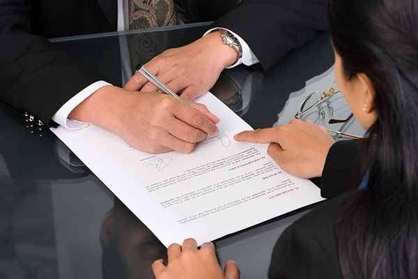 выписка из квартиры по решению суда