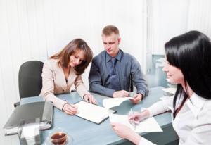 Для продажи кредитных обязательств, покупатель должен соответствовать банковским требованиям