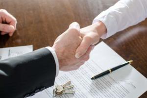 После подписания договора с банком, вы получите средства на покупку жилья