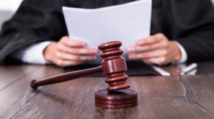 Если ваши жалобы не возымели действия, собирайте доказательства и обращайтесь в суд