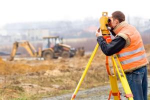 Проект межевания участков делает инженер кадастровой службы