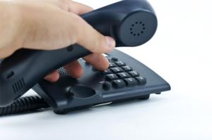 Узнать, сколько вам нужно заплатить за ЖКХ, можно по телефону или непосредственно в организации