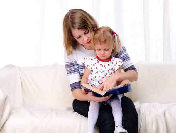 Мать-одиночка с ребенком